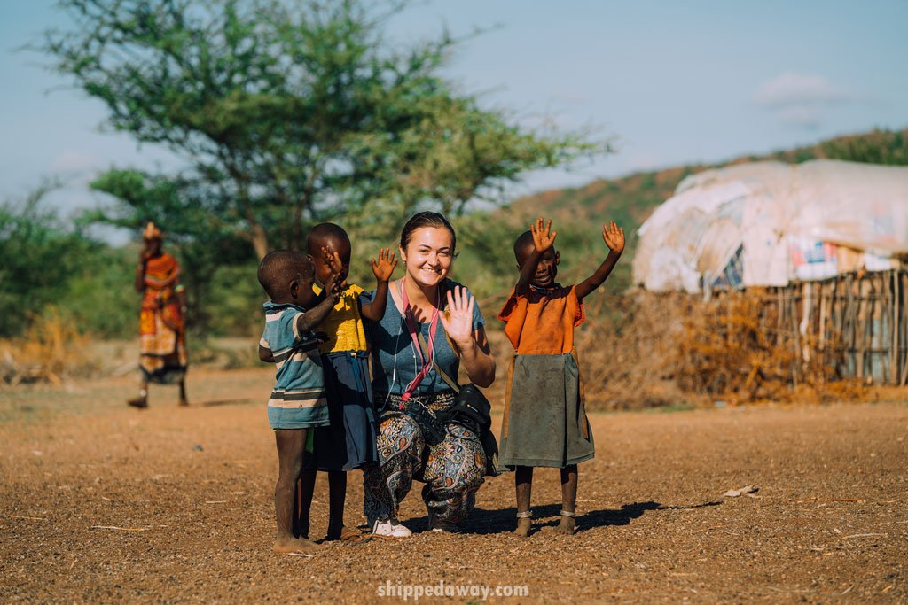 Arijana Tkalčec with children from the Maasai Samburu tribe in Kenya