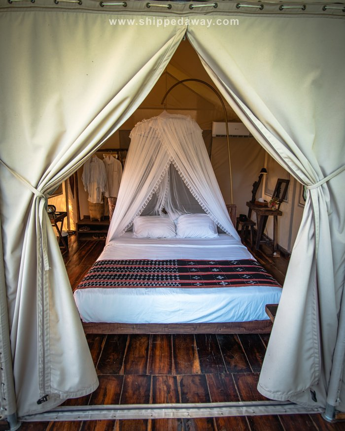 Double bed tent at Lak Tented Camp