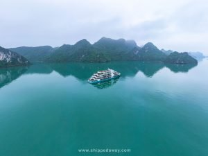 Spectacular Ha Long Bay 2-day 1 night Cruise at Capella