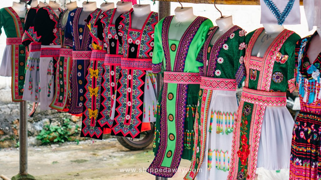 Traditional clothing at Pa Co Market in Vietnam